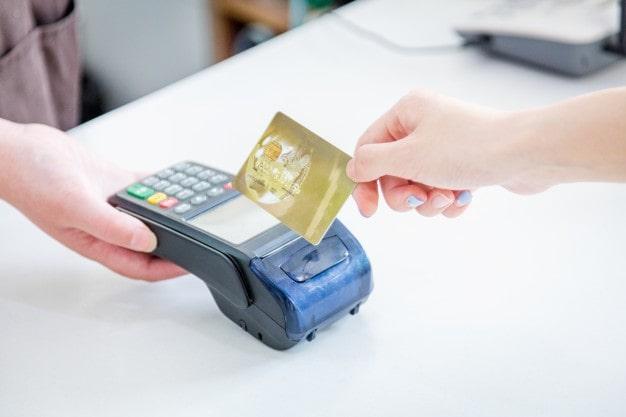Как выбрать выгодную кредитку для пользования